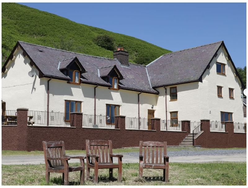 Maesgwyn a holiday cottage rental for 10 in Beguildy,