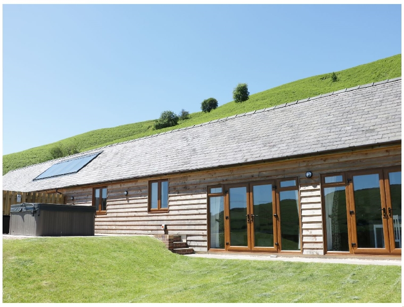 2 Beacon View Barn a holiday cottage rental for 4 in Beguildy,