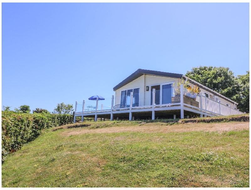 8 Harbour View a holiday cottage rental for 6 in New Quay,