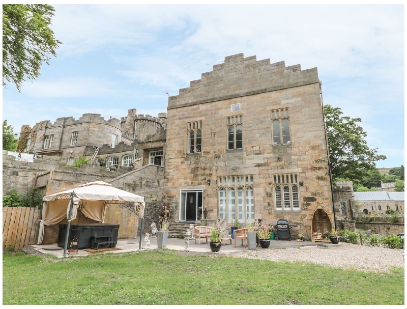 Knights Corner Stanhope Castle a holiday cottage rental for 6 in Stanhope,