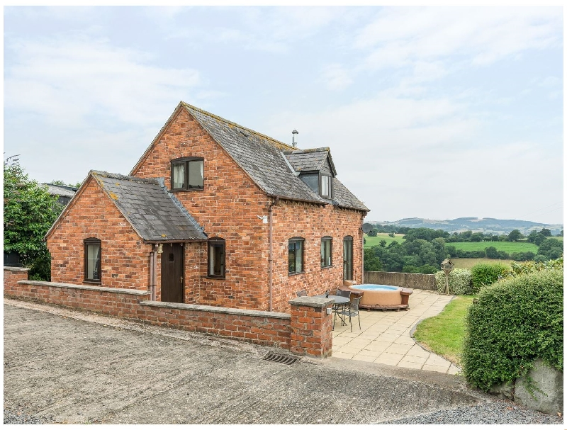 Waggoners Cottage a holiday cottage rental for 5 in Garthmyl,