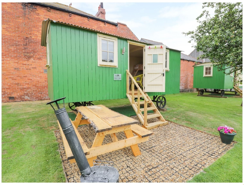 Jaimie's Hide a holiday cottage rental for 3 in Bowness-On-Solway,