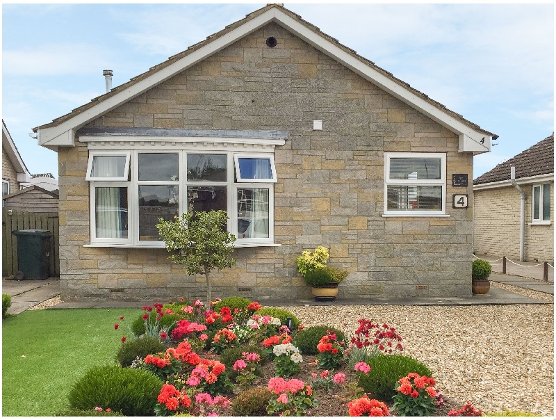 The Hollies a holiday cottage rental for 4 in Pickering,