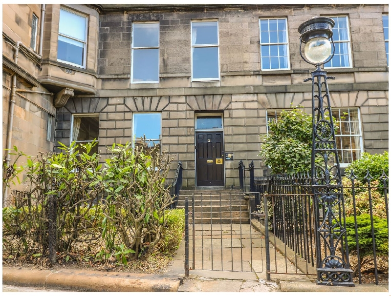 3 Lynedoch Place a holiday cottage rental for 2 in Edinburgh,
