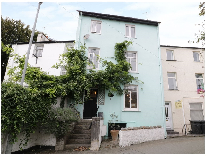 Waverley House a holiday cottage rental for 8 in Beaumaris,