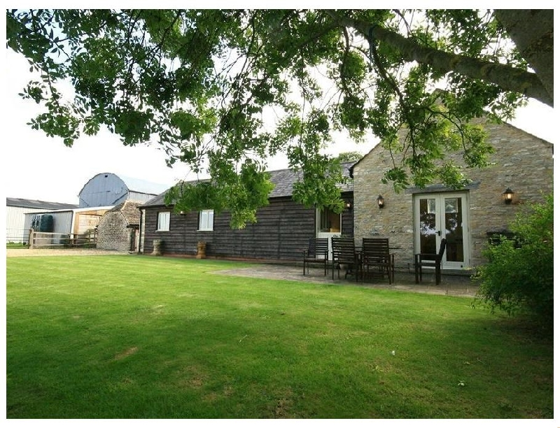 Dairy Cottage a holiday cottage rental for 4 in Cirencester,