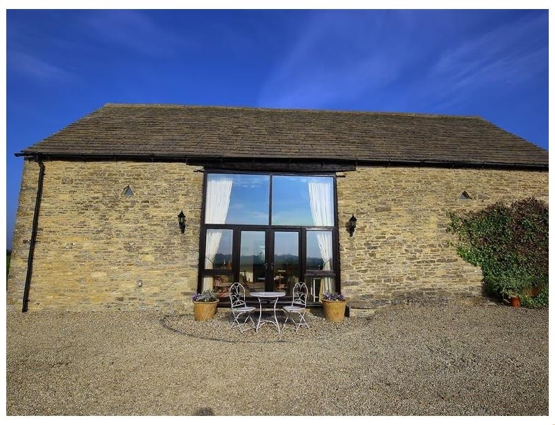 Gallery Barn a holiday cottage rental for 4 in Burford,