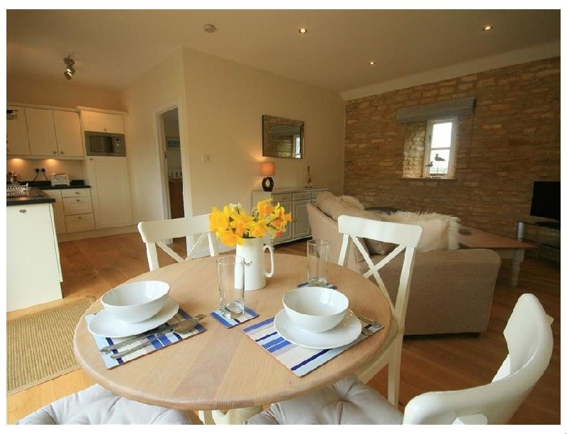 Saddlebacks Barn a holiday cottage rental for 2 in Burford,