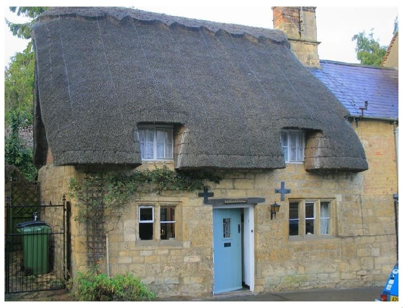 Thatched Cottage a holiday cottage rental for 3 in Chipping Campden,