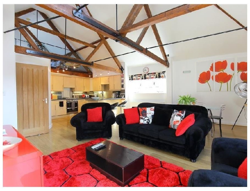 The Brown Street Apartment a holiday cottage rental for 6 in Salisbury,