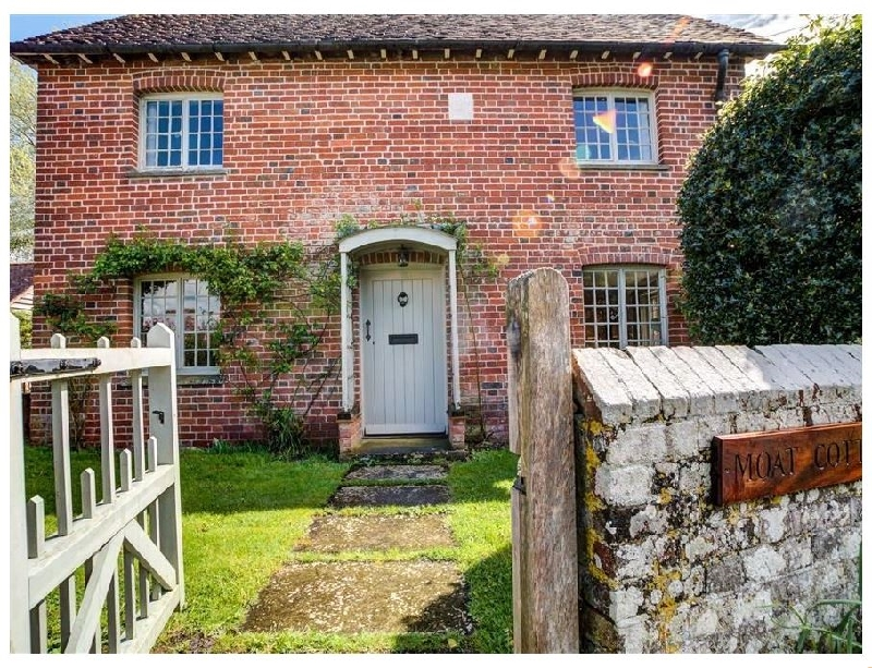 The Moat Cottage a holiday cottage rental for 6 in Britford,