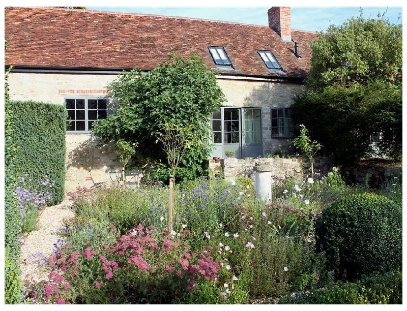 Kings Cottage - North a holiday cottage rental for 2 in Broad Chalke,