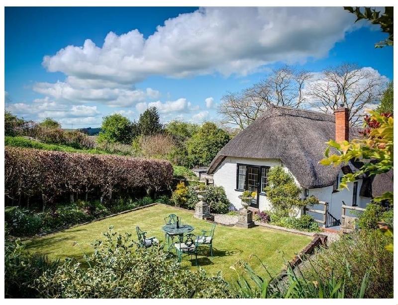 Foley's Cottage a holiday cottage rental for 6 in Warminster,