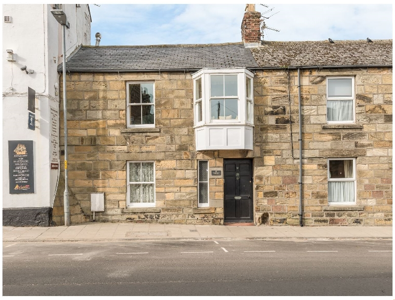 Jackson Cottage a holiday cottage rental for 5 in Alnmouth,