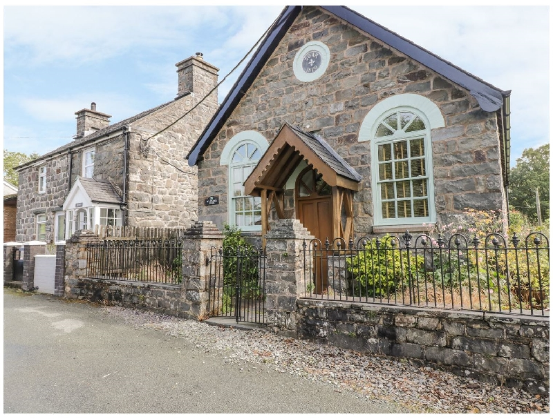 Ty Capel Soar a holiday cottage rental for 3 in Cemmaes,