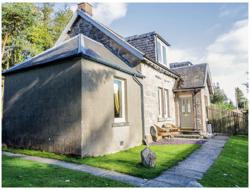 2 Station Cottages a holiday cottage rental for 5 in Dalwhinnie,