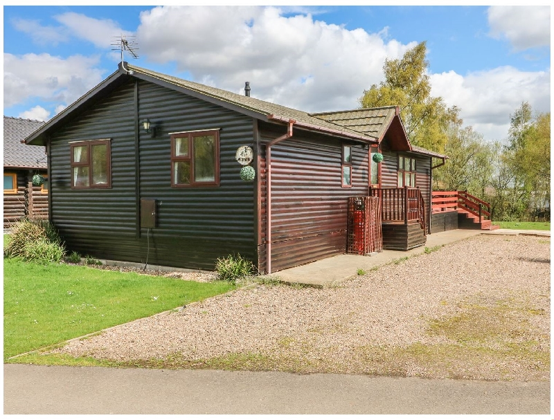 Smew- 2 Gibson Approach a holiday cottage rental for 4 in Tattershall Lakes Country Park,
