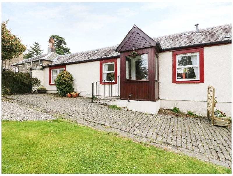 Garden Cottage a holiday cottage rental for 4 in Perth,