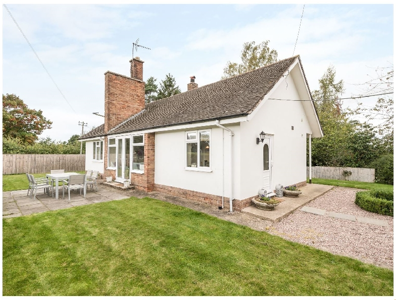 Jack's Cottage a holiday cottage rental for 8 in Marbury,
