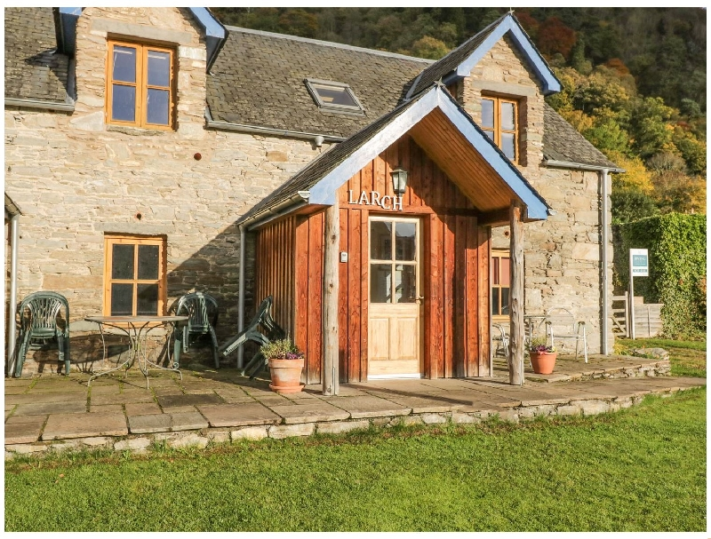 Larch Cottage a holiday cottage rental for 2 in Aberfeldy,