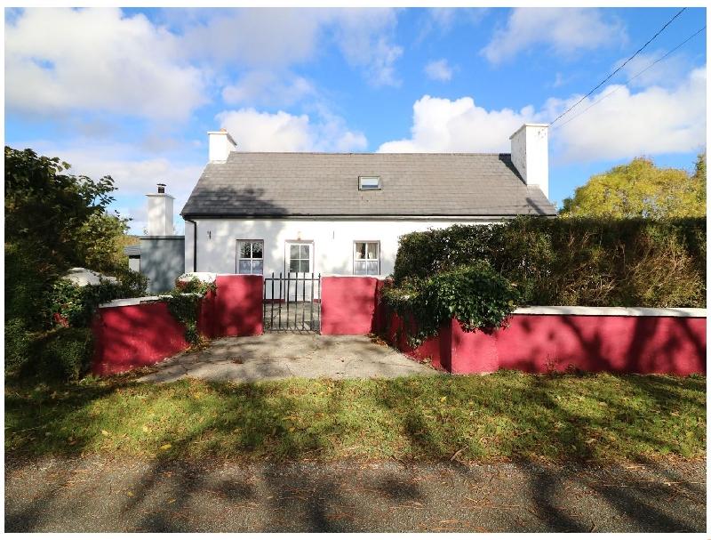 Julie's Cottage a holiday cottage rental for 7 in Castleisland,