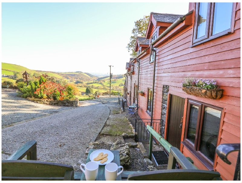Oak Cottage a holiday cottage rental for 2 in Llanidloes,