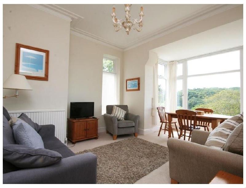 1 Hazeldene a holiday cottage rental for 4 in Salcombe,