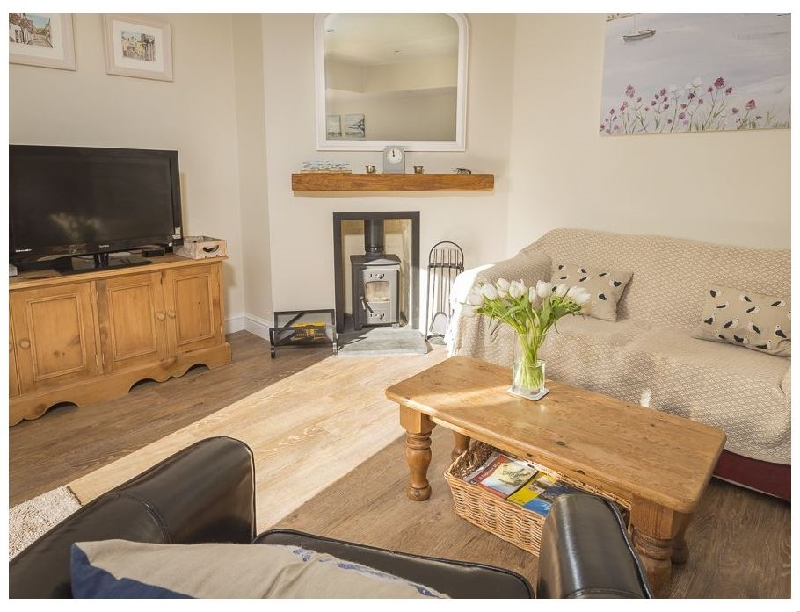 1 Top View Cottages a holiday cottage rental for 6 in Salcombe,