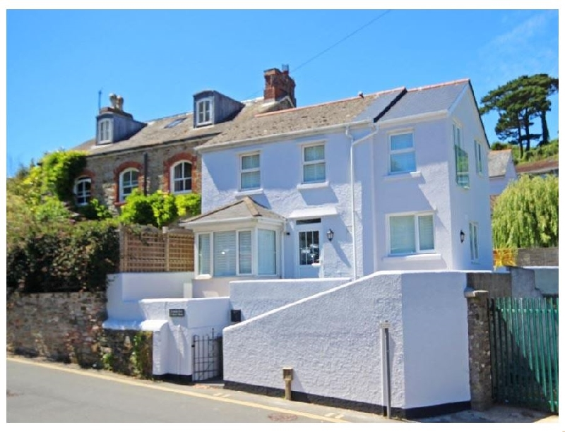 Creek's End a holiday cottage rental for 6 in Salcombe,