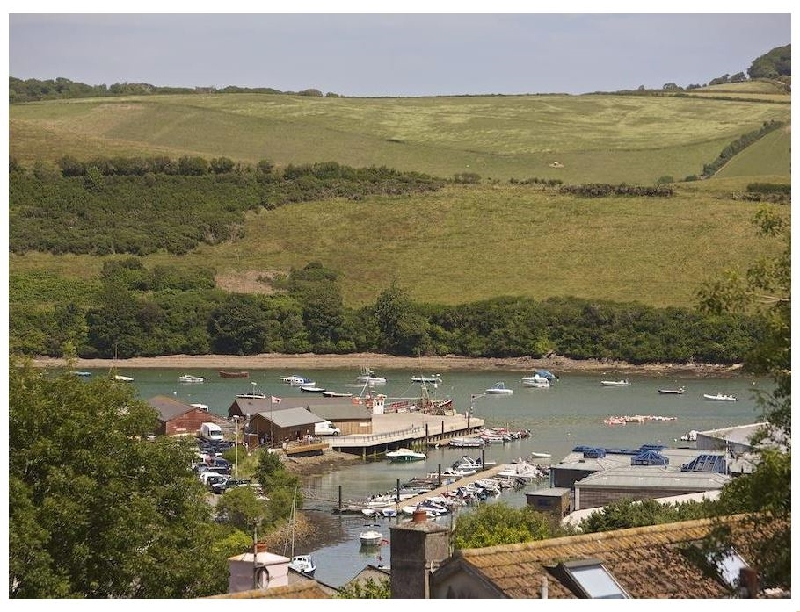 2 Rockmount a holiday cottage rental for 4 in Salcombe,
