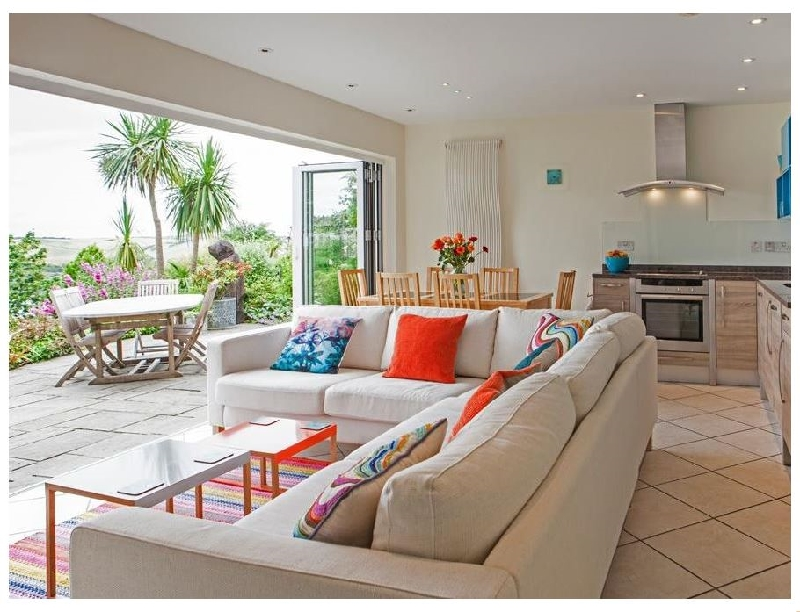 3 Albany House a holiday cottage rental for 4 in Salcombe,