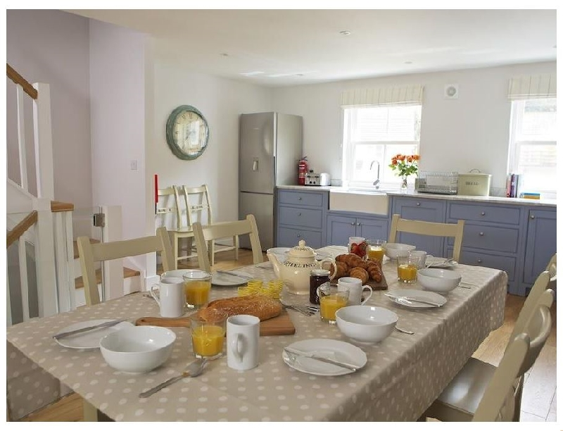 3 Eddystone Row a holiday cottage rental for 8 in Salcombe,
