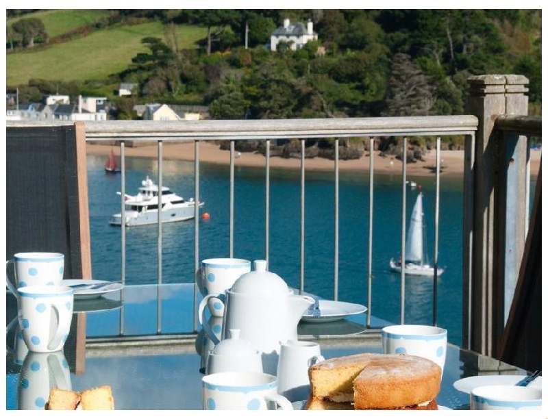The Beach House- Woodside Beach a holiday cottage rental for 6 in Salcombe,