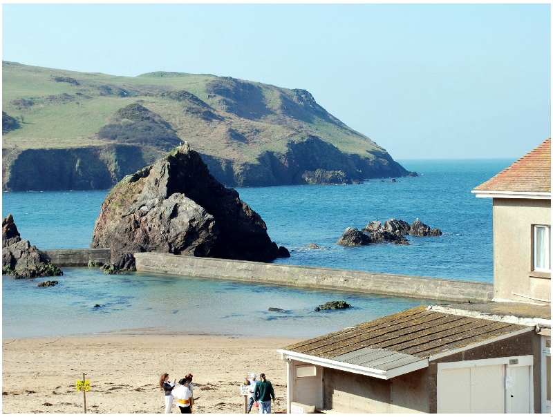 4 Armada House a holiday cottage rental for 6 in Hope Cove,
