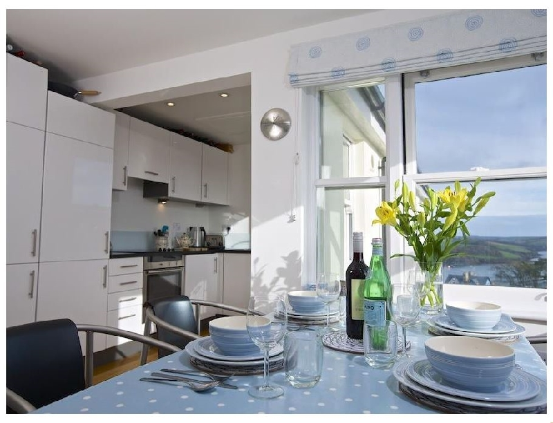 4 Blue View a holiday cottage rental for 4 in Salcombe,