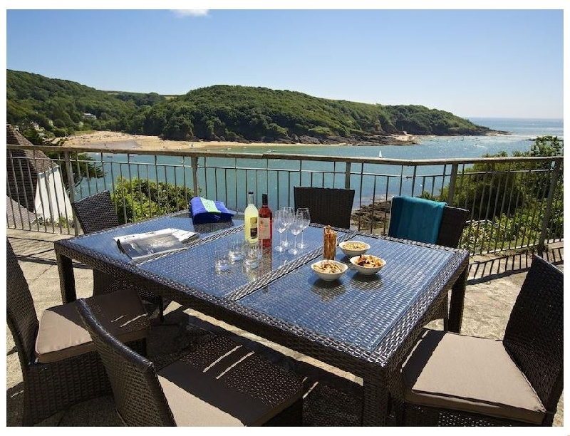 The Garden House- Woodside Beach a holiday cottage rental for 6 in Salcombe,