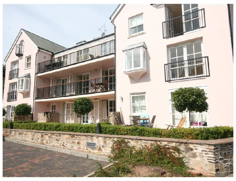 6 Combehaven a holiday cottage rental for 6 in Salcombe,