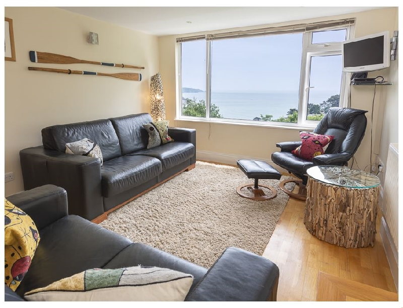 Hydeaway- 7 Grafton Towers a holiday cottage rental for 4 in Salcombe,