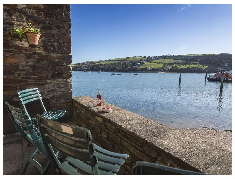 7 Island Quay a holiday cottage rental for 5 in Salcombe,