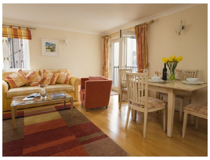 9 Dartmouth House a holiday cottage rental for 4 in Dartmouth,