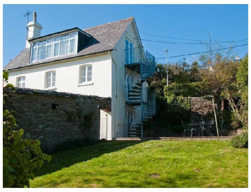 Blackstone Cottage a holiday cottage rental for 6 in Salcombe,