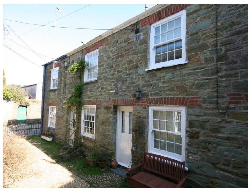 Blueboat Cottage a holiday cottage rental for 4 in Salcombe,