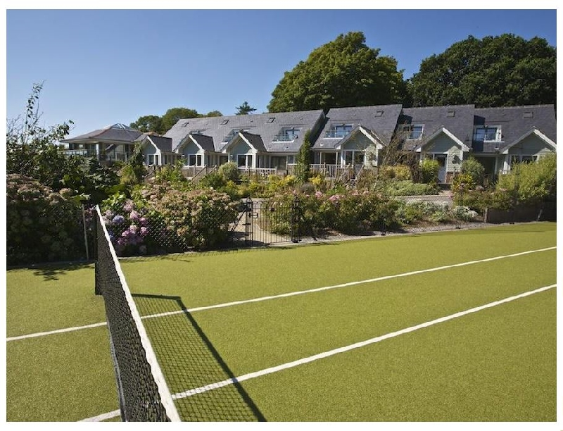 6 Court Cottage a holiday cottage rental for 4 in Dartmouth,