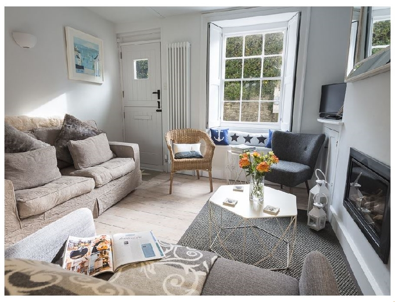 Ginn Cottage a holiday cottage rental for 4 in Salcombe,