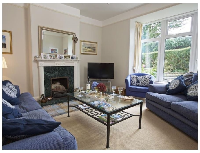 Harbourfield a holiday cottage rental for 8 in Salcombe,