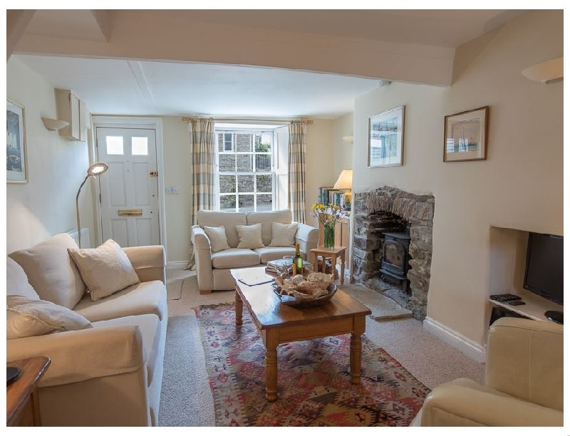 Jot Cottage a holiday cottage rental for 6 in Salcombe,