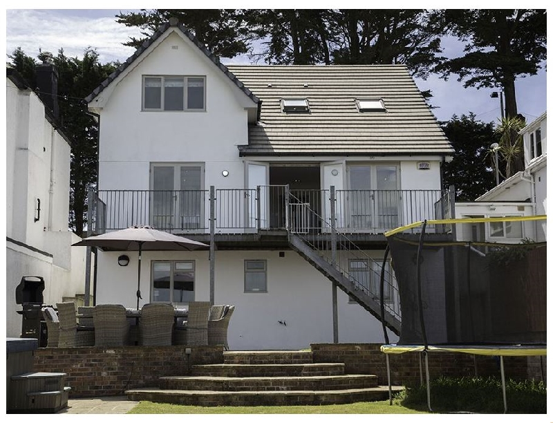 Raleigh House a holiday cottage rental for 10 in Salcombe,