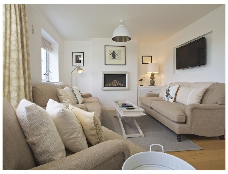 Soundings a holiday cottage rental for 8 in Salcombe,