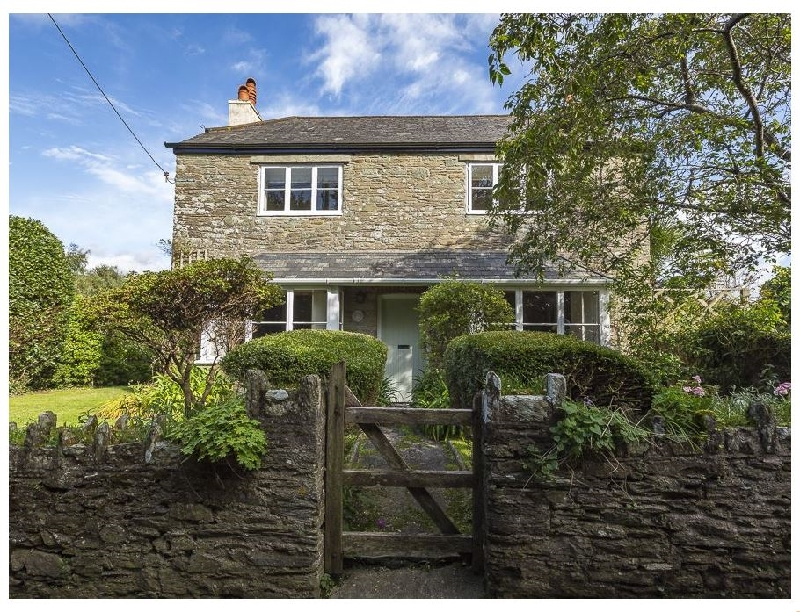 Summer Cottage a holiday cottage rental for 8 in Salcombe,