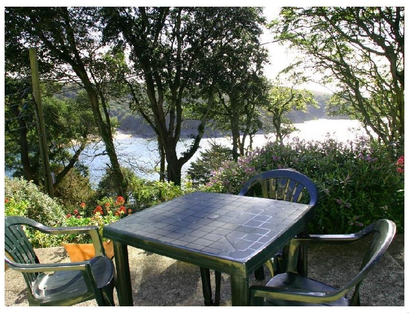 Sunrise- 8 Melbury a holiday cottage rental for 3 in Salcombe,
